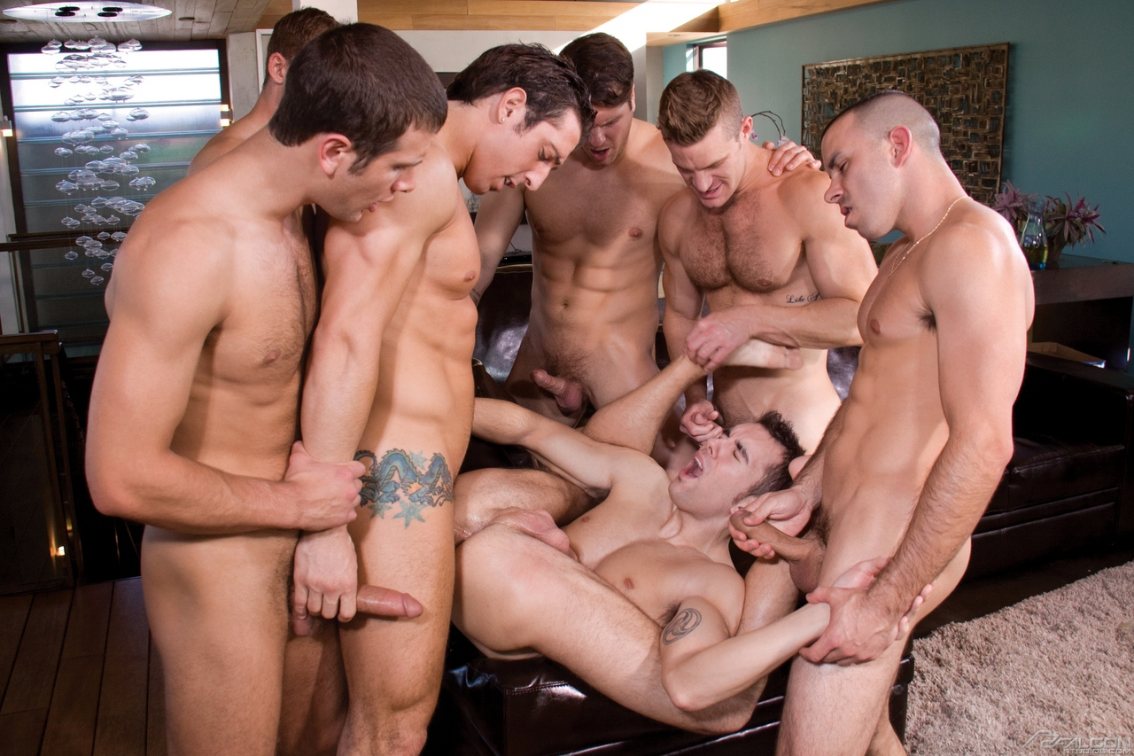 гей груповухи порно